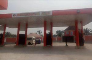 Popular Yahoo Boy Onwuzuruike Kingsley Ikenna, a.k.a Nwanta Anayoeze Yonaracha Arrested Petrol Station Seized